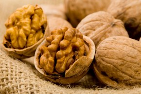 GetReal: Walnuts Linked to Risk Reduction of Type 2 Diabetes